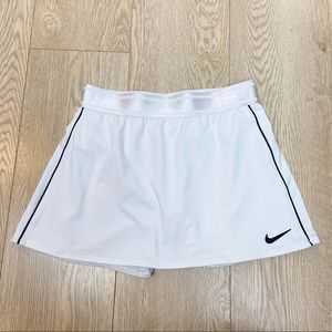 Nike Dri-Fit Court Flouncy Skirt Size S